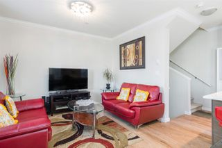 """Photo 6: 17 1135 EWEN Avenue in New Westminster: Queensborough Townhouse for sale in """"ENGLISH MEWS"""" : MLS®# R2495397"""