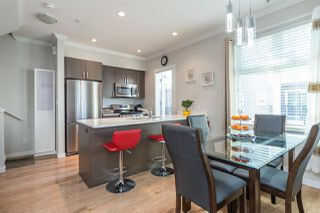 """Photo 10: 17 1135 EWEN Avenue in New Westminster: Queensborough Townhouse for sale in """"ENGLISH MEWS"""" : MLS®# R2495397"""