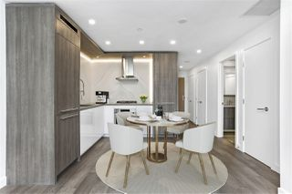 "Photo 5: 403 15165 THRIFT Avenue: White Rock Condo for sale in ""MIRAMAR VILLAGE"" (South Surrey White Rock)  : MLS®# R2526432"