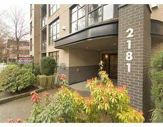 Photo 1: 2181 W 10TH Ave in Vancouver: Kitsilano Condo for sale (Vancouver West)  : MLS®# V636352
