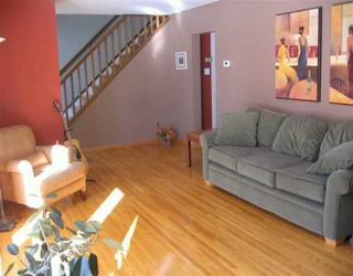 Photo 3: 24 PENTICTON Bay in Winnipeg: Windsor Park / Southdale / Island Lakes Single Family Detached for sale (South East Winnipeg)  : MLS®# 2703135