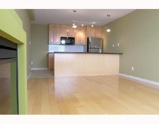 "Photo 4: 1805 989 BEATTY Street in Vancouver: Downtown VW Condo for sale in ""NOVA"" (Vancouver West)  : MLS®# V662596"