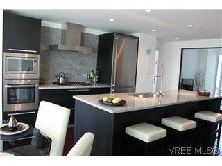 Photo 12: 807 708 Burdett Avenue in VICTORIA: Vi Downtown Condo Apartment for sale (Victoria)  : MLS®# 288510