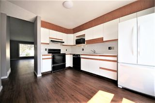 Photo 8: 36 9704 165 Street in Edmonton: Zone 22 House Half Duplex for sale : MLS®# E4173446