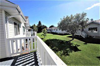 Photo 3: 36 9704 165 Street in Edmonton: Zone 22 House Half Duplex for sale : MLS®# E4173446