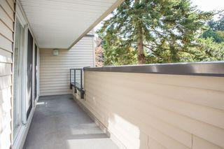 """Photo 12: 12 3250 W 4TH Avenue in Vancouver: Kitsilano Condo for sale in """"3250"""" (Vancouver West)  : MLS®# R2415450"""