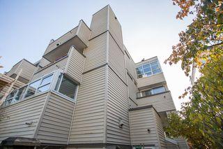 """Photo 18: 12 3250 W 4TH Avenue in Vancouver: Kitsilano Condo for sale in """"3250"""" (Vancouver West)  : MLS®# R2415450"""