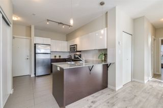 Photo 7: 434 13733 107A Avenue in Surrey: Whalley Condo for sale (North Surrey)  : MLS®# R2416183