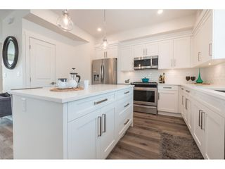"""Photo 6: 28 7740 GRAND Street in Mission: Mission BC Townhouse for sale in """"THE GRAND"""" : MLS®# R2428057"""