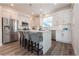 """Photo 5: 28 7740 GRAND Street in Mission: Mission BC Townhouse for sale in """"THE GRAND"""" : MLS®# R2428057"""