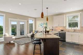 Photo 17: 337 Cotlow Rd in : Co Royal Bay Single Family Detached for sale (Colwood)  : MLS®# 850181