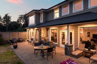 Photo 2: 337 Cotlow Rd in : Co Royal Bay Single Family Detached for sale (Colwood)  : MLS®# 850181