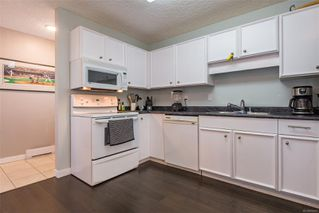 Photo 2: 2257 Bolt Ave in : CV Comox (Town of) House for sale (Comox Valley)  : MLS®# 852478