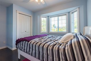 Photo 8: 2257 Bolt Ave in : CV Comox (Town of) House for sale (Comox Valley)  : MLS®# 852478