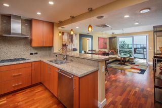Photo 11: DOWNTOWN Condo for sale : 2 bedrooms : 325 7th Avenue #1805 in San Diego