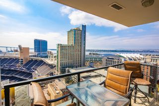 Photo 1: DOWNTOWN Condo for sale : 2 bedrooms : 325 7th Avenue #1805 in San Diego