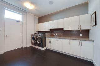 Photo 43: 102 11930 100 Avenue in Edmonton: Zone 12 Condo for sale : MLS®# E4219988