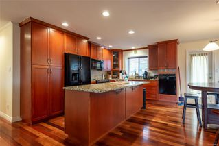 Photo 6: 140 Oregon Rd in : CR Willow Point House for sale (Campbell River)  : MLS®# 860568