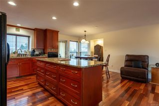 Photo 5: 140 Oregon Rd in : CR Willow Point House for sale (Campbell River)  : MLS®# 860568