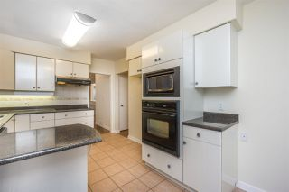 Photo 10: 1376 E 60TH Avenue in Vancouver: South Vancouver House for sale (Vancouver East)  : MLS®# R2521101