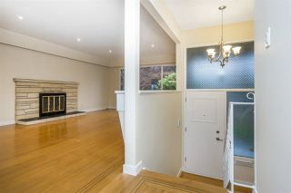 Photo 4: 1376 E 60TH Avenue in Vancouver: South Vancouver House for sale (Vancouver East)  : MLS®# R2521101