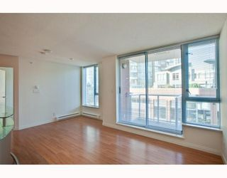 Photo 3: 604 550 TAYLOR Street in Vancouver: Downtown VW Condo for sale (Vancouver West)  : MLS®# V795826