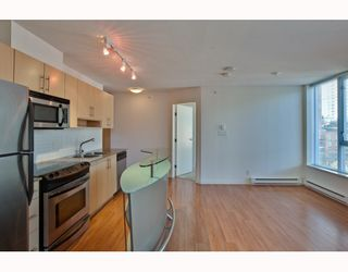 Photo 6: 604 550 TAYLOR Street in Vancouver: Downtown VW Condo for sale (Vancouver West)  : MLS®# V795826