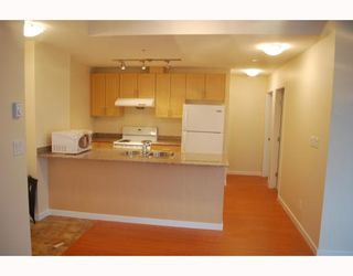 """Photo 4: 1005 8228 WESTMINSTER Highway in RICHMOND: Brighouse Condo for sale in """"MERRY PARK"""" (Richmond)  : MLS®# V798342"""