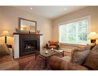 Photo 2: 2939 W 40TH AV in Vancouver: House for sale : MLS®# V856140