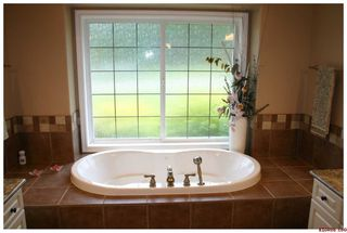Photo 28: 2718 Sunnydale Drive in Blind Bay: Golf Course Area Residential Detached for sale : MLS®# 10031350