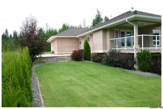 Photo 34: 2718 Sunnydale Drive in Blind Bay: Golf Course Area Residential Detached for sale : MLS®# 10031350