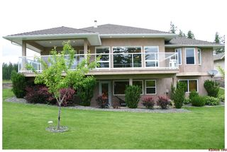 Photo 35: 2718 Sunnydale Drive in Blind Bay: Golf Course Area Residential Detached for sale : MLS®# 10031350