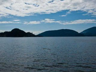 Photo 1: 8015 PASCO RD in West Vancouver: Howe Sound House for sale : MLS®# V889570