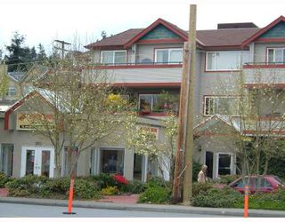 Photo 1: 301 918 W 16TH Street in North_Vancouver: Hamilton Condo for sale (North Vancouver)  : MLS®# V704015