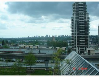 Photo 1: 502 4398 BUCHANAN Street in Burnaby: Brentwood Park Condo for sale (Burnaby North)  : MLS®# V709164