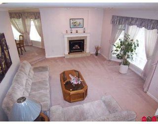 Photo 3: 5788 124A Street in Surrey: Panorama Ridge House for sale : MLS®# F2704567