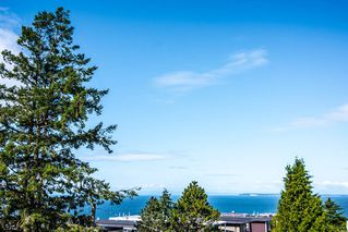 """Photo 1: 315 15210 PACIFIC Avenue: White Rock Condo for sale in """"OCEANRIDGE"""" (South Surrey White Rock)  : MLS®# R2390093"""