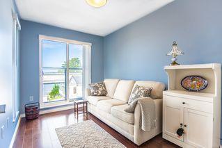 """Photo 4: 315 15210 PACIFIC Avenue: White Rock Condo for sale in """"OCEANRIDGE"""" (South Surrey White Rock)  : MLS®# R2390093"""