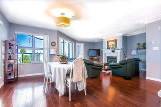 """Photo 11: 315 15210 PACIFIC Avenue: White Rock Condo for sale in """"OCEANRIDGE"""" (South Surrey White Rock)  : MLS®# R2390093"""