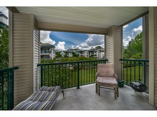 "Photo 15: 214 19528 FRASER Highway in Surrey: Cloverdale BC Condo for sale in ""The Fairmont"" (Cloverdale)  : MLS®# R2397037"
