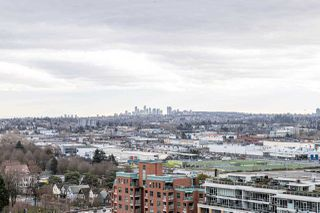 "Photo 4: PH9 188 KEEFER Street in Vancouver: Downtown VE Condo for sale in ""188 Keefer"" (Vancouver East)  : MLS®# R2426637"