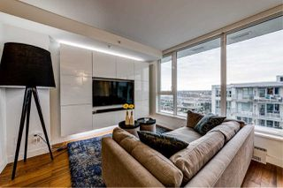 "Photo 9: PH9 188 KEEFER Street in Vancouver: Downtown VE Condo for sale in ""188 Keefer"" (Vancouver East)  : MLS®# R2426637"