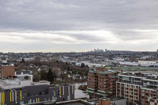 "Photo 5: PH9 188 KEEFER Street in Vancouver: Downtown VE Condo for sale in ""188 Keefer"" (Vancouver East)  : MLS®# R2426637"