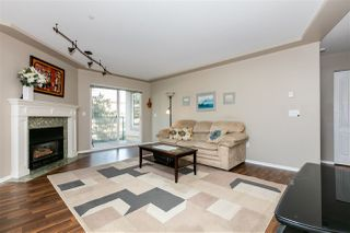 """Photo 3: 306 20453 53 Avenue in Langley: Langley City Condo for sale in """"Countryside Estates"""" : MLS®# R2435705"""