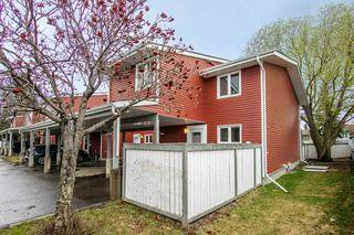 Photo 2: 14 1904 48 Street in Edmonton: Zone 29 Townhouse for sale : MLS®# E4196676