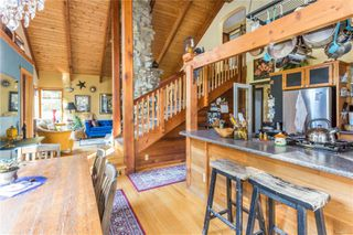 Photo 1: 2290 Larnel Rd in : Na Cedar House for sale (Nanaimo)  : MLS®# 859045