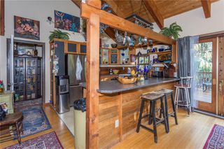 Photo 2: 2290 Larnel Rd in : Na Cedar House for sale (Nanaimo)  : MLS®# 859045