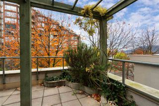 """Photo 4: 302 2288 PINE Street in Vancouver: Fairview VW Condo for sale in """"THE FAIRVIEW"""" (Vancouver West)  : MLS®# R2519056"""