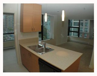 Photo 3: 606 928 HOMER Street in Vancouver: Downtown VW Condo for sale (Vancouver West)  : MLS®# V794665