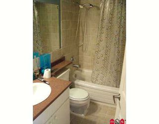 "Photo 4: 32175 OLD YALE Road in Abbotsford: Abbotsford West Condo for sale in ""FIR VILLA"" : MLS®# F2707090"